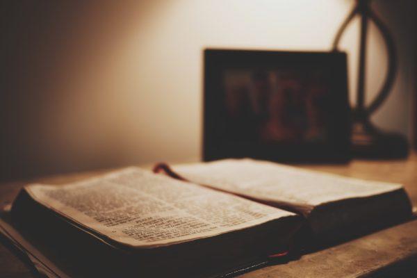 Wissen über Gott und die Bibel oder Christ?