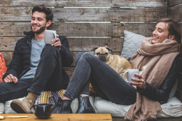 Schweigen statt Streit in Beziehungen macht im Alter glücklicher