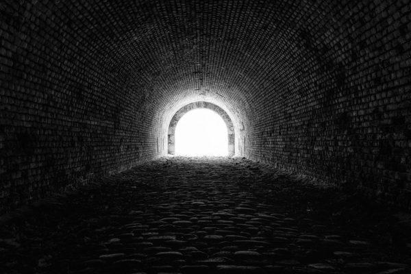 Der Blick im Tunnel oder wo auf der Treppe stehst du?