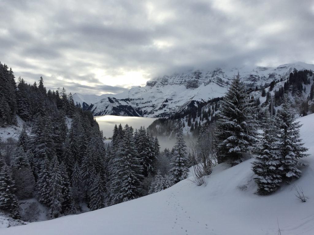 """Schneeleuchten an der """"Porte du Soleil""""."""