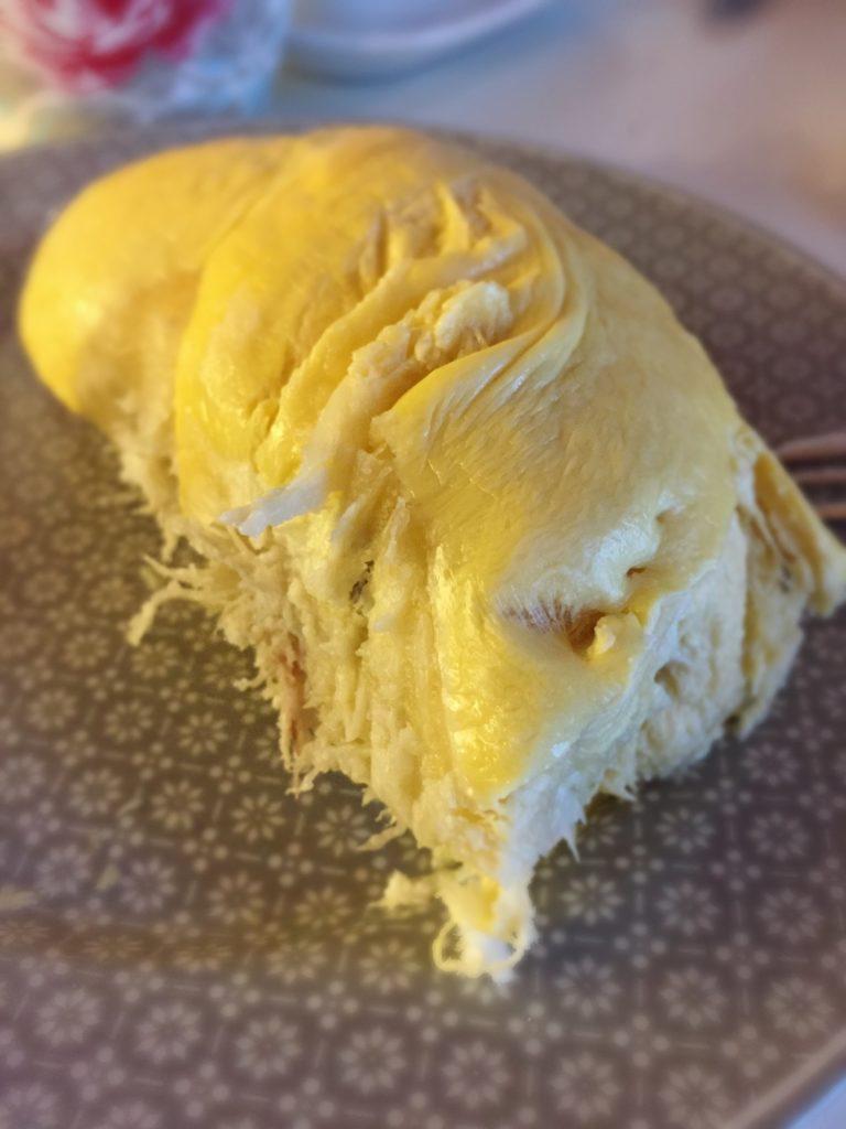 Durian-Frucht. Stinkt gewaltig, aber schmeckt köstlich.