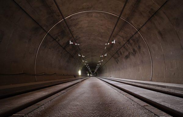 Der Blick im Tunnel oder wo auf der Treppe stehst du
